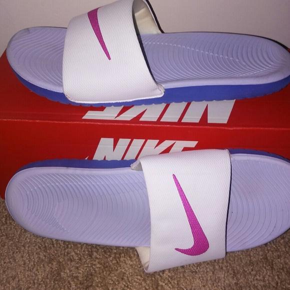 more photos 2036b 3ba90 Women Kawa Nike Slides. M 5b67aafb7386bcddfeba5525